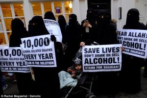 ilsam-women-for-sharia-that-would-be-good-for-drunkard-saussy-and-mazzotta